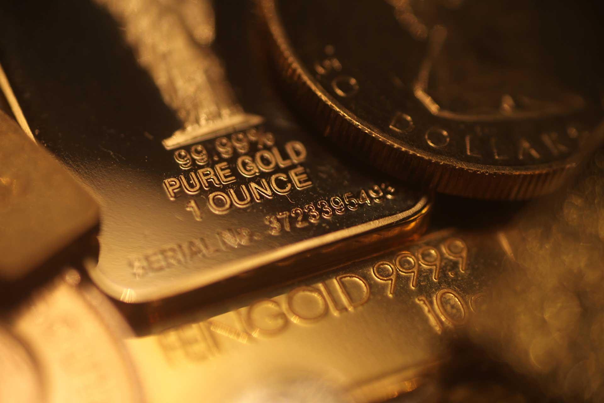 rolex-uhrenankauf-wien-juwelier-sascha, Breitling-Markenuhr-Uhren-Ankauf-Wien-Juwelier-Sascha, Goldringe, Bruchgold, Silberbesteck gold - GoldAnkaufBanner - Gold – Silber – Schmuck – Münzen Ankauf in Wien. Wir kaufen Ihr Gold