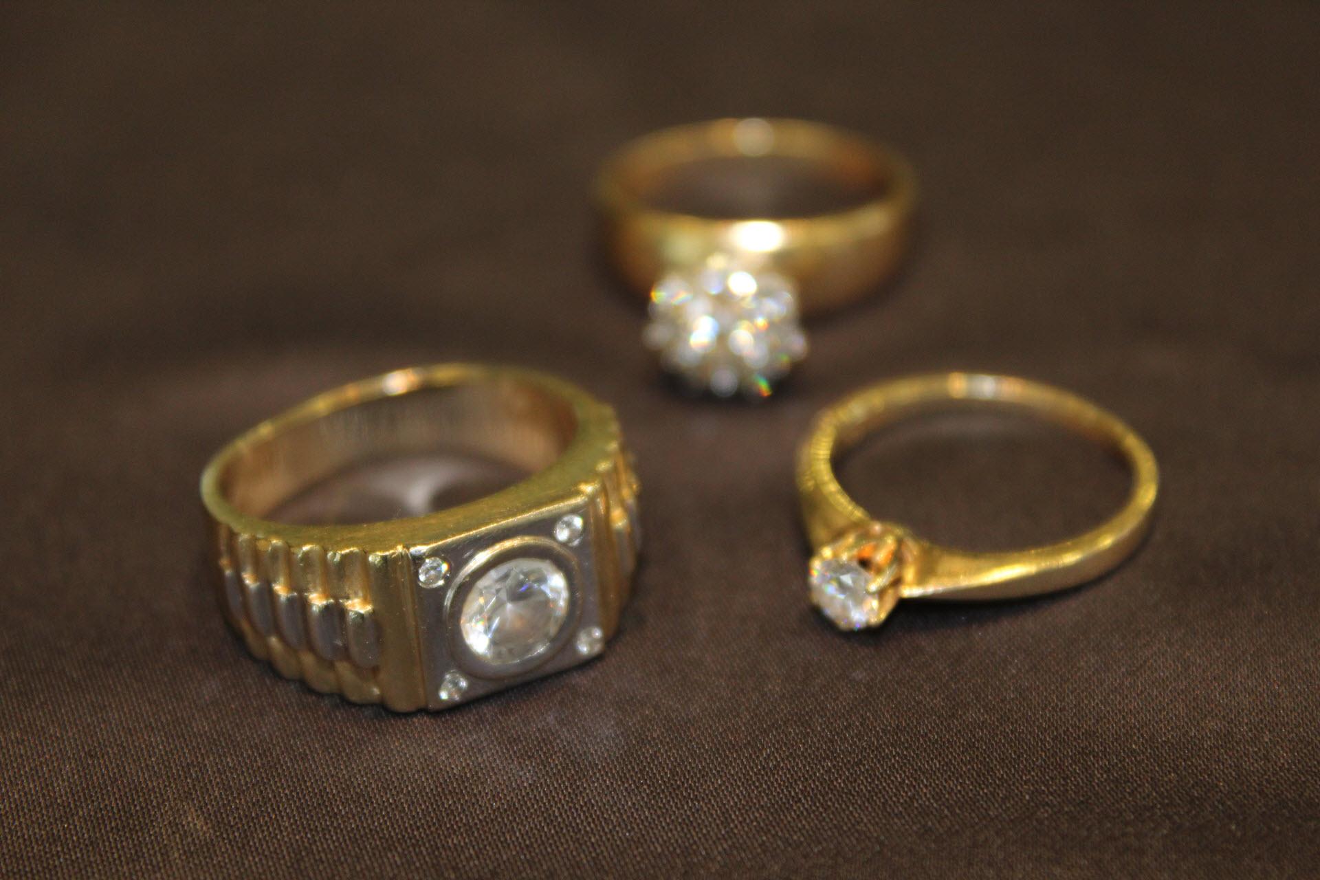 rolex-uhrenankauf-wien-juwelier-sascha, Breitling-Markenuhr-Uhren-Ankauf-Wien-Juwelier-Sascha, Goldringe diamanten - Juwelier Sascha 1150 Wien 10 - Diamanten Ankauf & Brillanten Ankauf | 1150 Wien Juwelier Sascha